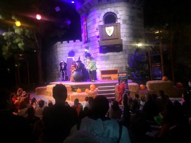 legoland-brick-or-treat-shows