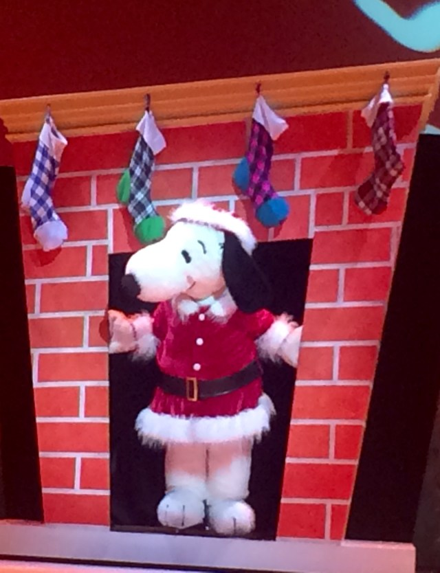 Knotts-Merry-Farm-Snoopy1