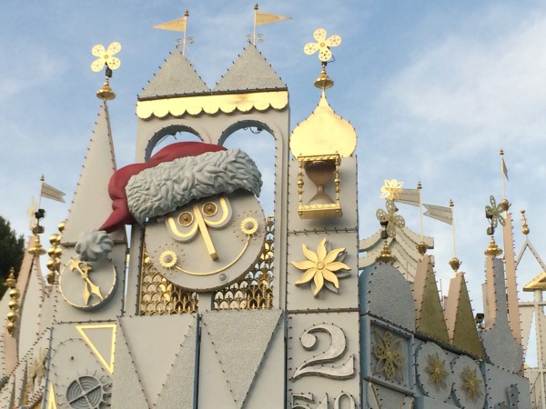 Disney-Holidays-Small-World-Facade