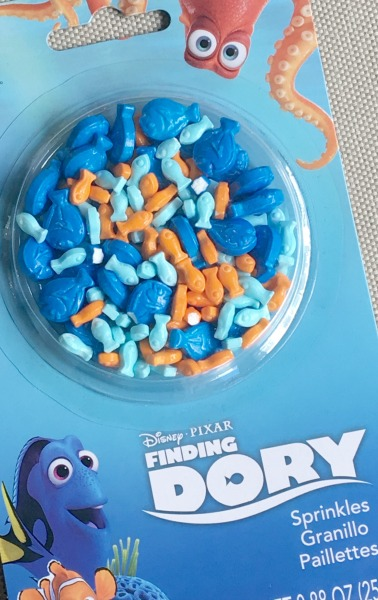 finding-dory-snack-mix-dory-sprinkles