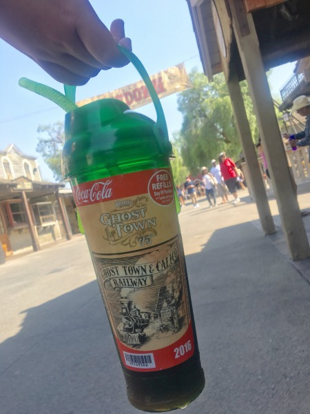 knotts-souvenir-bottle-2