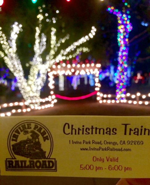 christmas-train-night