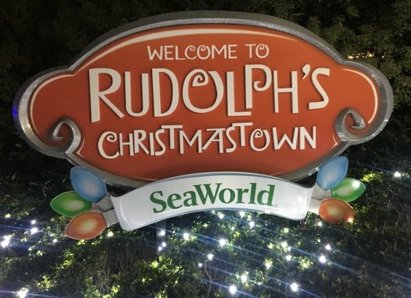 rudolphs-christmastown-entrance
