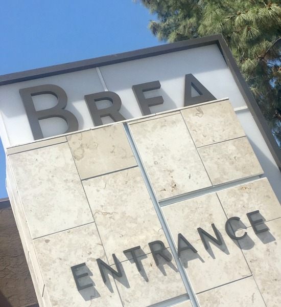 brea-mall-sign