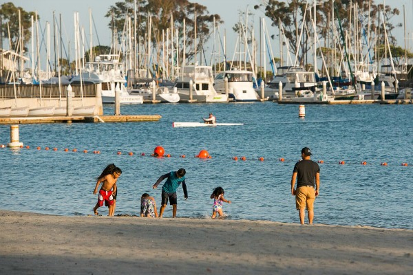 dana-point-harbor-baby-beach