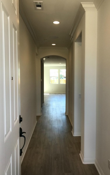 olson-homes-orchard-walk-hallway