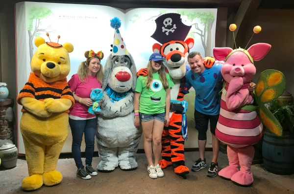 mickeys-not-so-scary-halloween-party-us-with-pooh-and-friends