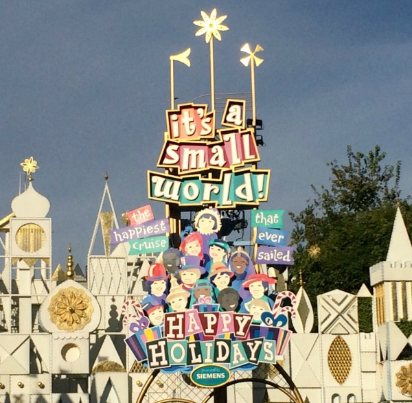 holidays-at-disneyland-resort-its-a-small-world-1