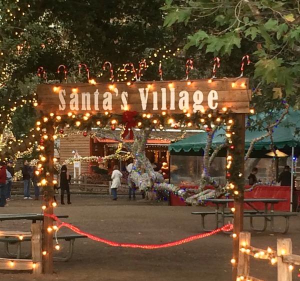 irvine-park-railroad-christmas-train-santas-village