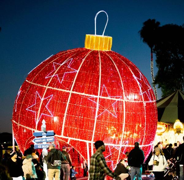 winter-fest-oc-giant-ornament