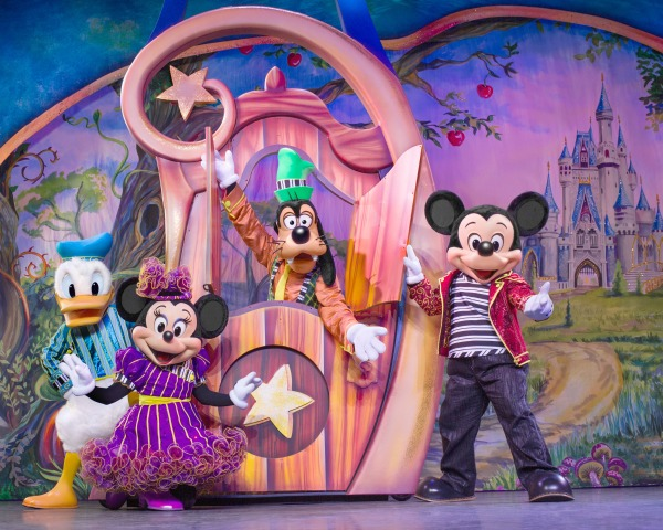 disney-live-mickey-minnie-donald-goofy