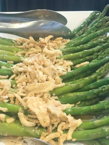 dining-with-orcas-asparagus