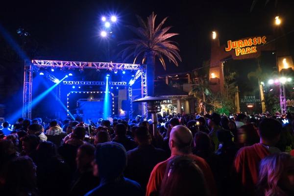 jurassic-park-live-entertainment