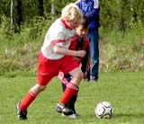 2002-1 Coffe-spelar-fotboll-juni-0
