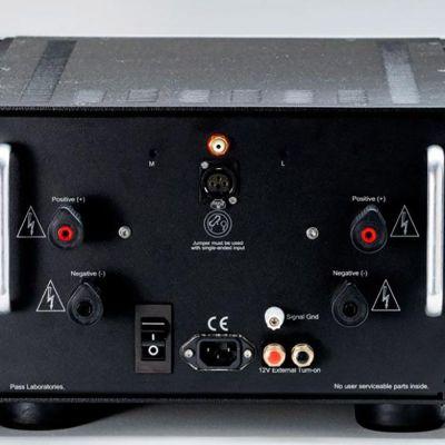 Pass Labs XA100.8