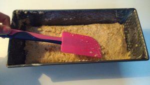 bananenbrood-beslag-in-bakblik