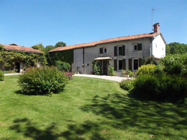 House for Sale in , Poitou-Charentes, France