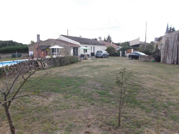 House for Sale in Aubigny