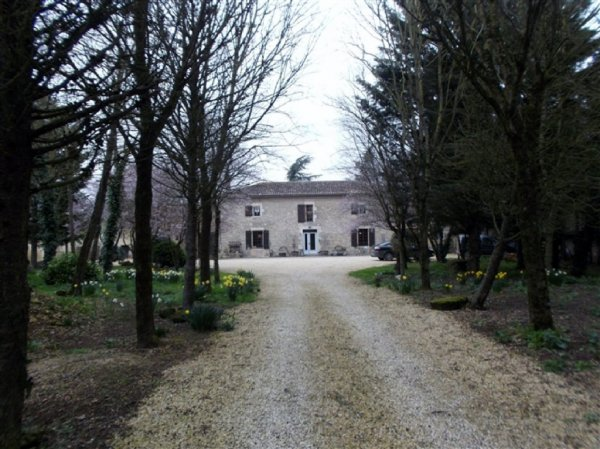 House for Sale in Craon, Poitou-Charentes, France