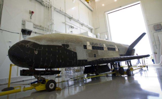 Avião espacial secreto da Força Aérea dos EUA quebra recorde de permanência no espaço