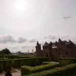 OVNI / UFO é fotografado sobrevoando castelo na Holanda (Atualização: 10/6/2013 - 22h10min) 10