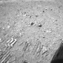 O jipe-sonda Curiosity pode ter levado vida microbiana até Marte, de acordo com a NASA 32