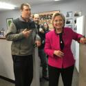 Hillary Clinton promete investigar OVNIs / UFOs 41