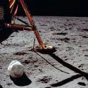 NASA quer colocar suas mãos em 96 sacos de cocô deixados na Lua, à procura de sinais de vida 9