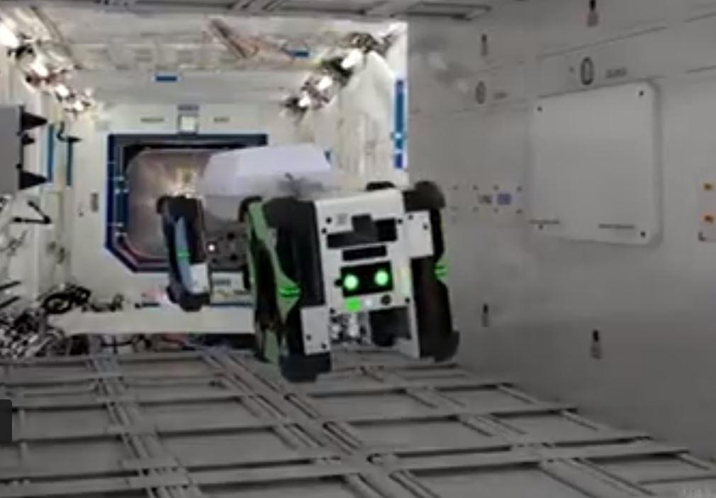 Robôs abelhas irão ajudar os astronautas no espaço