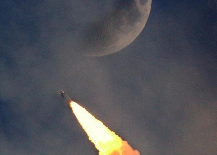 Índia deverá alcançar a superfície da Lua em setembro