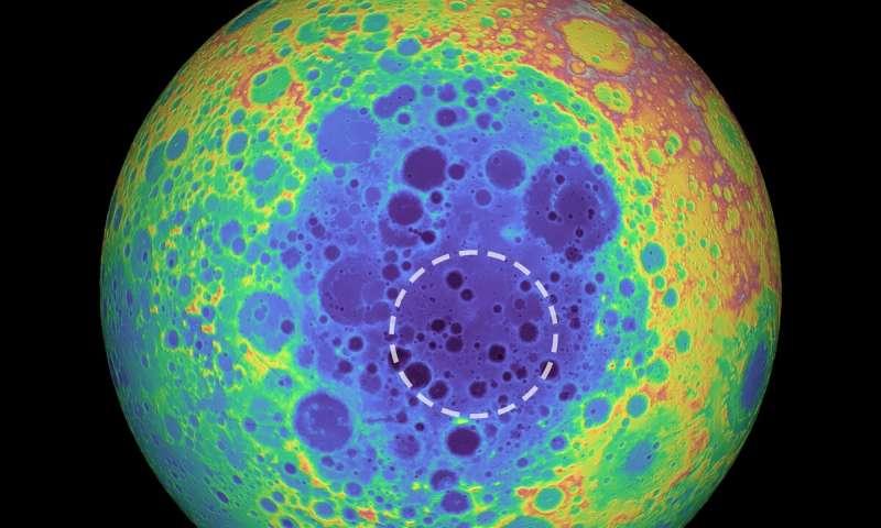 Enorme anomalia é detectada em cratera no lado oculto da Lua