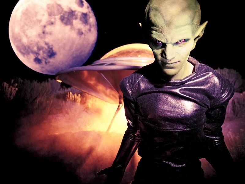 Informações chocantes sobre o fenômeno OVNI são reveladas por Tom DeLonge
