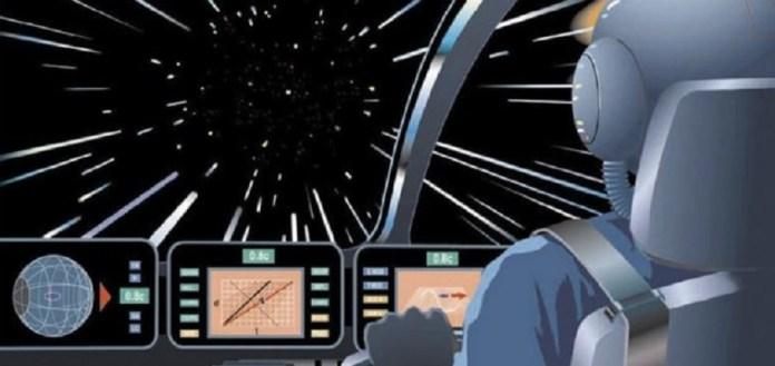 Novo sistema de propulsão poderá alcançar a velocidade da luz, diz engenheiro da NASA