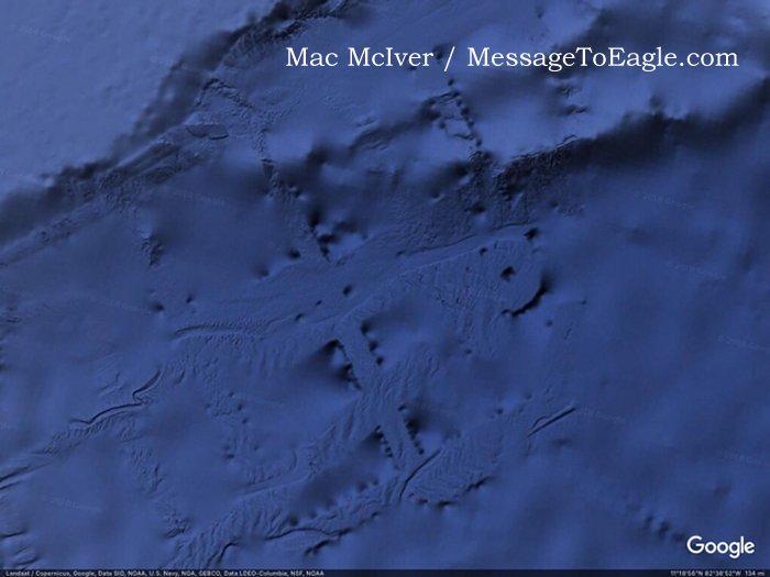 Enorme estrutura subaquática misteriosa é descoberta no Pacífico
