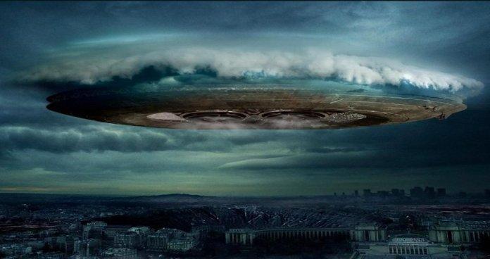 Comece a considerar mais seriamente as observações de OVNIs - diz Professor