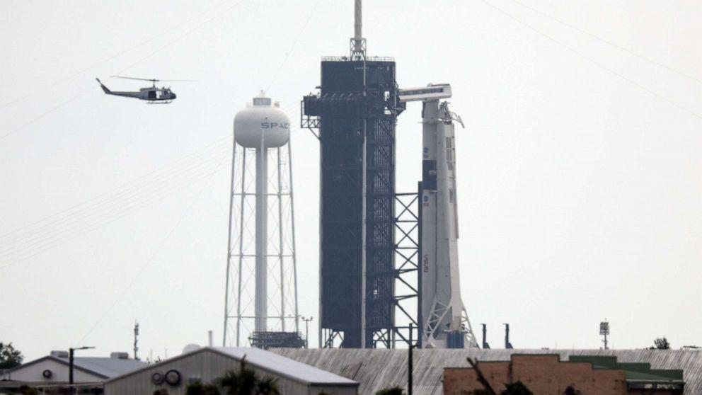 O lançamento do foguete SpaceX pela NASA foi cancelado devido ao clima