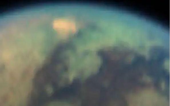 Astrônomos dizem ter encontrado 'leitos de lagos secos' em lua de Saturno