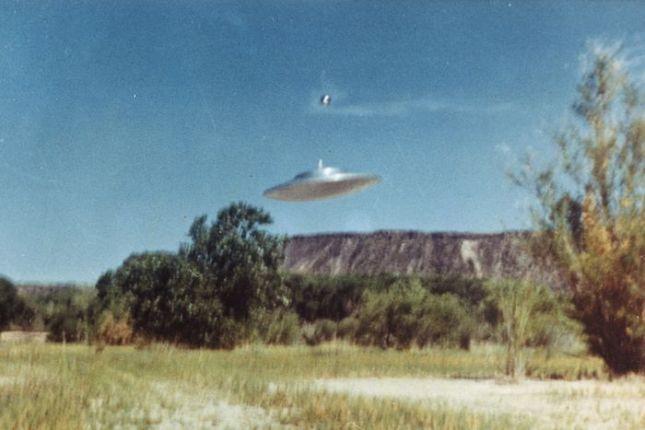 Já basta! Mostre-nos os alienígenas agora!