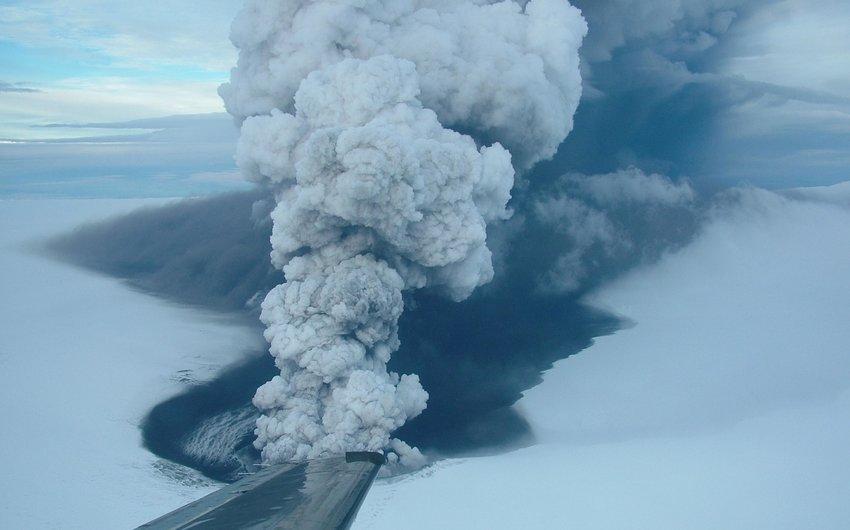 """Vulcões na Islândia e Rússia preocupam os cientistas: """"Isso é uma anomalia"""""""