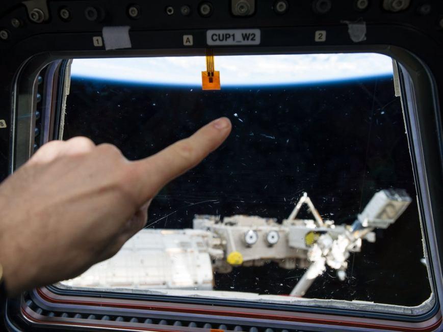 OVNI avistado da Estação Espacial Internacional era na verdade urina