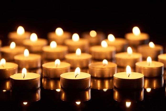Rabinos pedem que comprem velas e se preparem para os Três Dias de Trevas