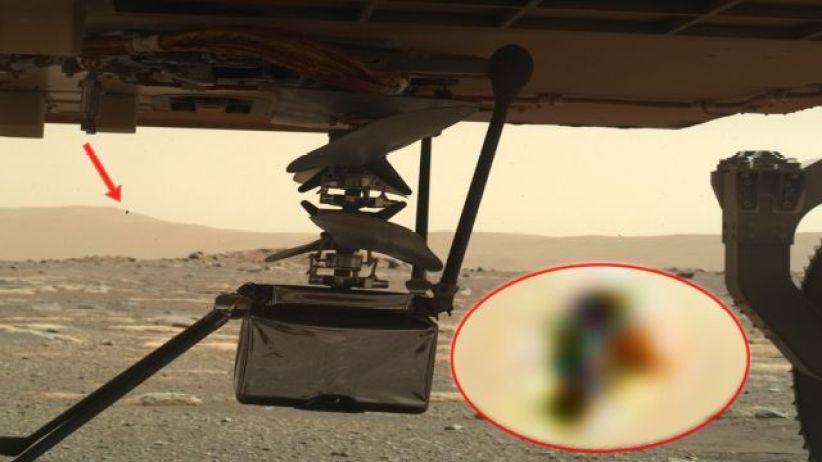 Algo está observando o helicóptero da NASA em Marte?