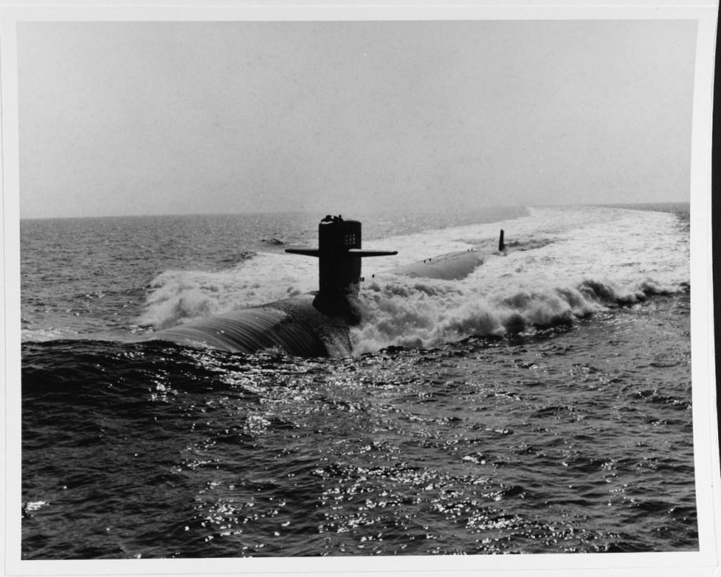 Objetos misteriosos são detectados debaixo d'água por submarinos dos EUA
