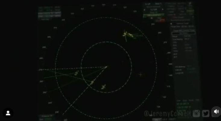 Vídeo de tela de radar captando OVNIs é liberado pelo Pentágono