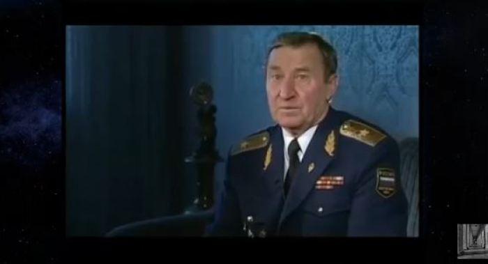"""""""Aprendemos a fazer contato com extraterrestres"""", diz General soviético"""