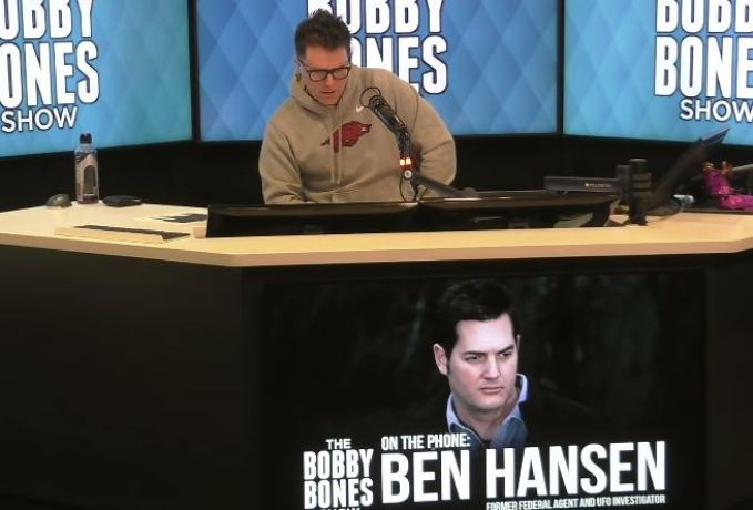 "Investigador Ben Hansen: ""95% de probabilidade de que fomos visitados por ETs"""