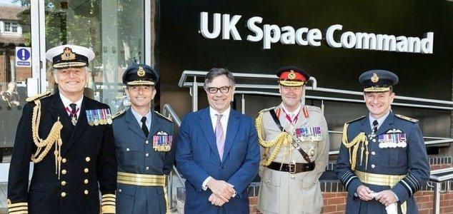 Militares do Reino Unido abrem seu primeiro Centro de Comando Espacial