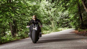 bmw-motorrad-vision-next-100-3