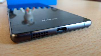 Philips X818 7