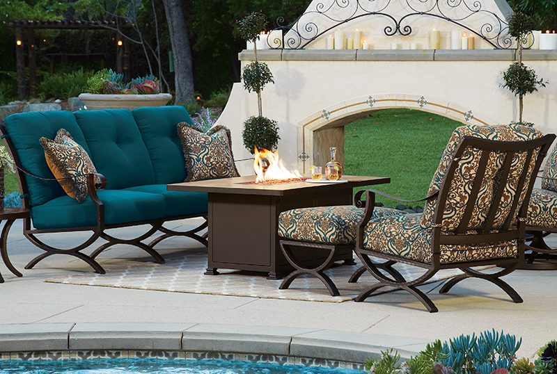 Tips And Tricks For Creating An Ultimate Outdoor Party Space